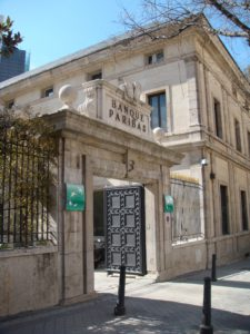 photo of the BNP Paribas' building in Calle Hermanos Bécquer in 2011